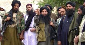 Umar Mansoor (Center)